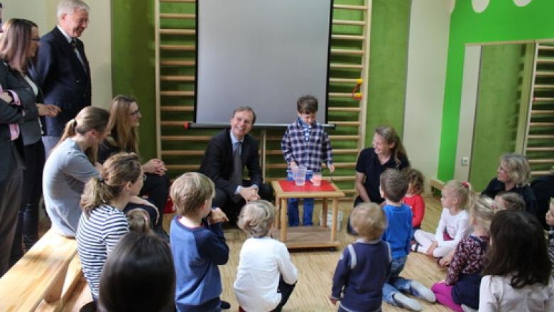 """Johanniter-Kita in Vettweiß ist ein echtes """"Haus der kleinen Forscher"""""""