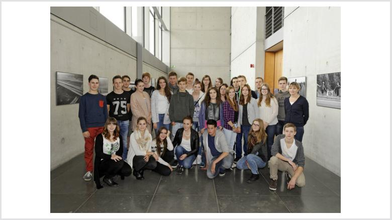 Gesamtschule Niederzier-Merzenich zu Besuch im Deutschen Bundestag