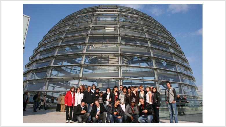 Schüler der Anne- Frank-Gesamtschule erleben Hammelsprung im Deutschen Bundestag