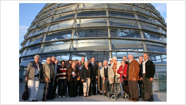 Parkinson bekämpfen - Betroffene sprachen mit ihrem Bundestagsabgeordneten