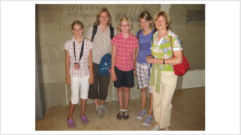 Familie Müller aus Titz besucht den Bundestag