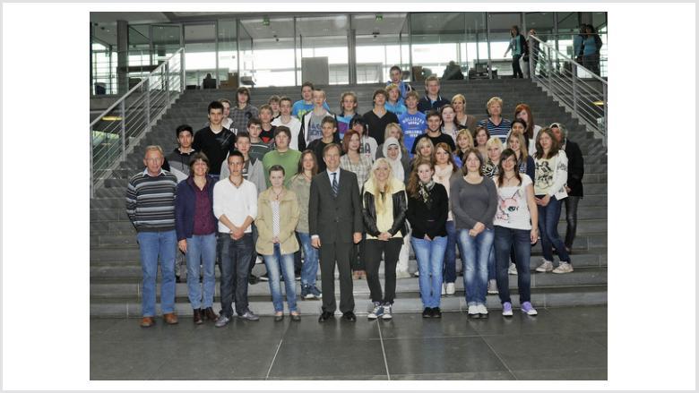 Schüler der Käthe-Kollwitz Realschule glänzten beim Bundestagsbesuch mit ihrem Geschichtswissen