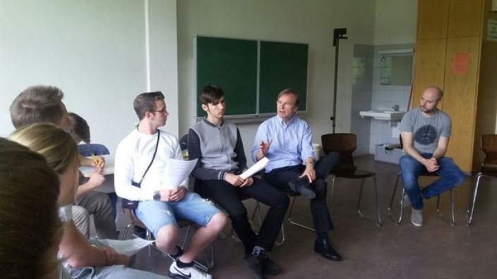 Staatssekretär Thomas Rachel zu Besuch an der Europaschule Langerwehe