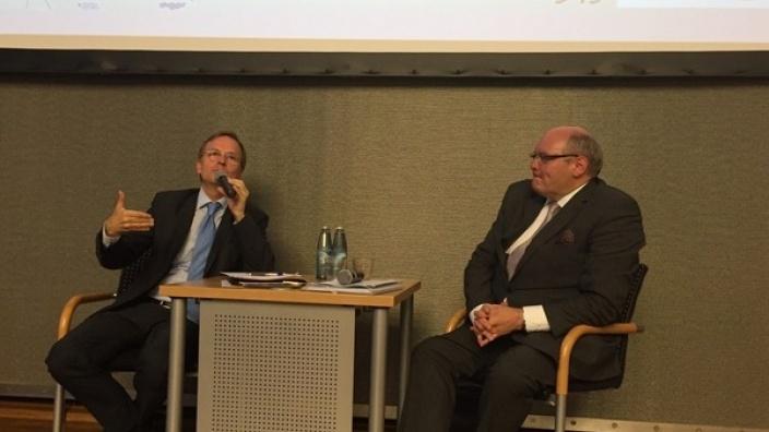 """""""Europa muss sich verändern"""" Thomas Rachel MdB im Gespräch mit dem belgischen Botschafter"""