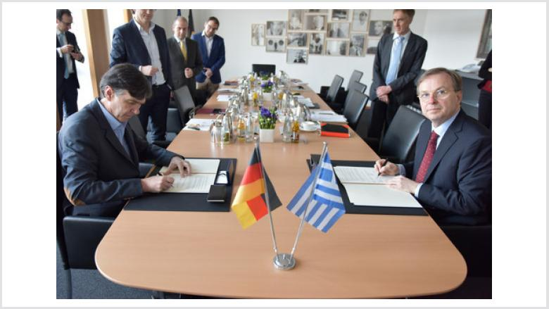 """Mit der Veröffentlichung der Förderbekanntmachung """"Internationalisierung der Berufsbildung"""" besteht fortan für deutsche Bildungsanbieter die Möglichkeit, durch gemeinsame Projekte die griechischen Reformbestrebungen zu unterstützen."""