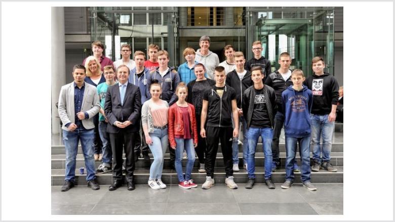 Schüler der GHS Kreuzau zu Gast bei Thomas Rachel MdB in Berlin
