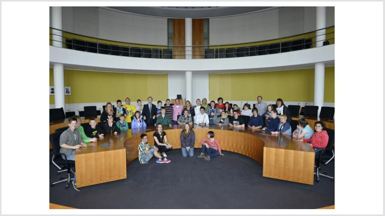Thomas Rachel MdB empfängt Schüler der Stephanusförderschule aus Jülich-Selgersdorf im Bundestag