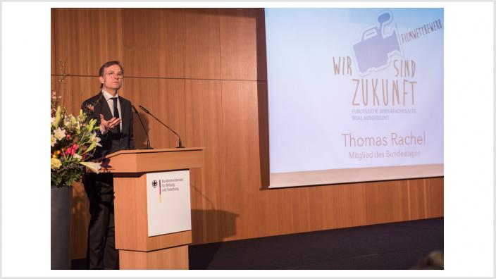 Thomas Rachel, Parl. Staatssekretär bei der Bundesministerin für Bildung und Forschung, eröffnete die Veranstaltung.