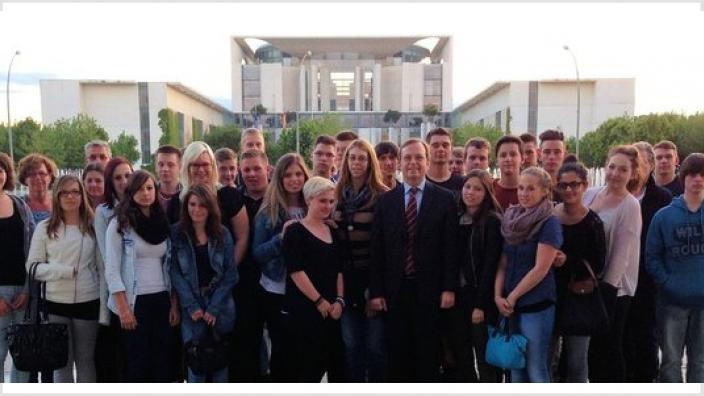 Thomas Rachel MdB diskutiert mit Schülern der GHS Vettweiß