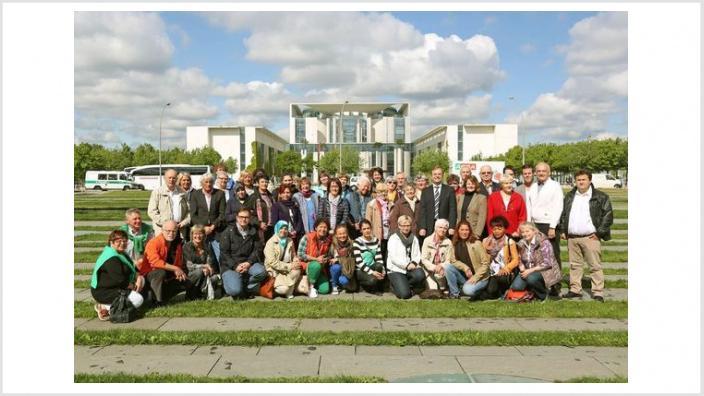 """Thomas Rachel   Berlin   Bundestagsbesuch bei Thomas Rachel   Besuche 2013  Ehrenamtler Thomas Rachel MdB: """"Ehrenamtler stärken den Zusammenhalt in unserer Gesellschaft"""""""