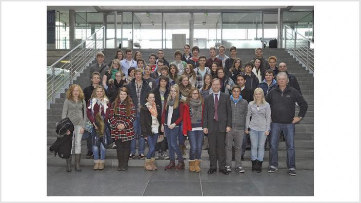 Oberstufenkurs Geschichte des Gymnasiums Haus Overbach auf den Spuren des Deutschen Bundestages